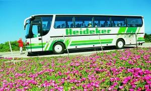 Bus alt e1344416938879 300x180 Firmengeschichte
