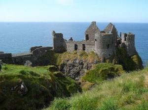 Nordirland Dunluce Castle 300x224 Länder
